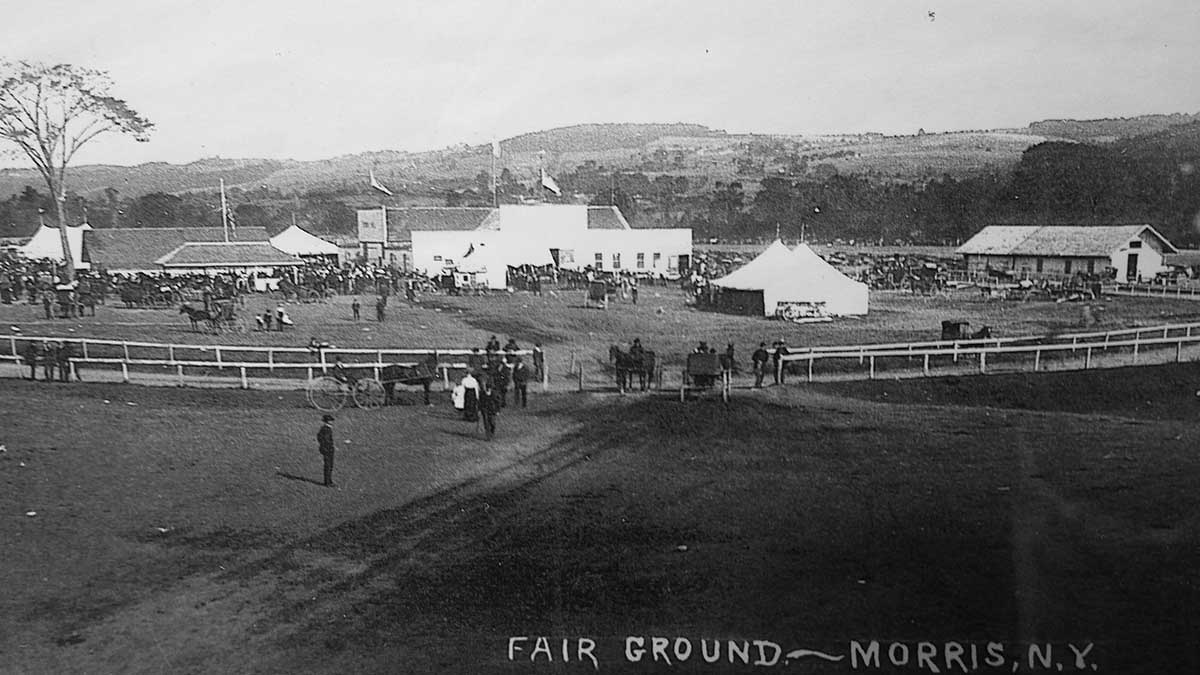 Really old picture of the fair
